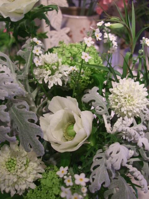 オークリーフ花の教室(加田さんの作品)_f0049672_15473869.jpg