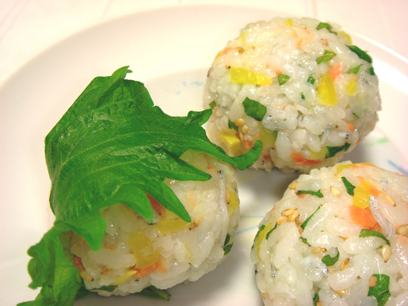 「大葉の簡単てまり寿司」_a0214374_1631892.jpg