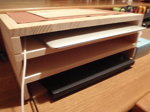 「PCノートの棚を作った」(@ユニディ千鳥町店)_f0064203_7534012.jpg