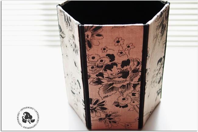 カルトナージュ*大人カワイイ♪六角形のゴミ箱制作いたしました_d0154507_10285332.jpg