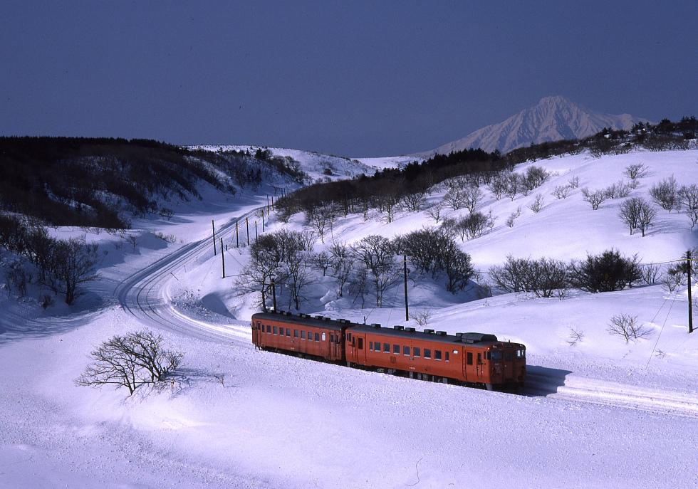 雪晴れの利尻 - 1986年・宗谷本線 -_b0190710_79961.jpg