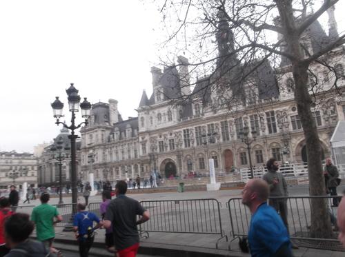 パリへの旅(1)―パリハーフマラソン_e0123104_7571460.jpg