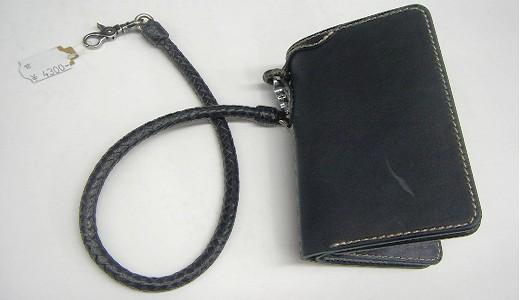 財布にベルトなど革小物売ってます。_b0163075_8224445.jpg