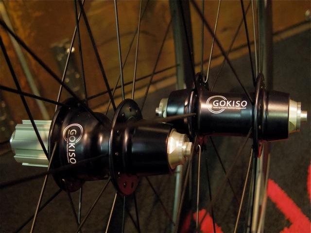 GOKISO Carbon Wheel_e0132852_2023542.jpg