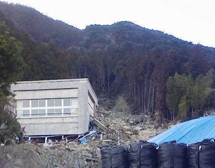 熊野川台風12号水害調査行(7)  相野谷川その3_f0197754_152379.jpg