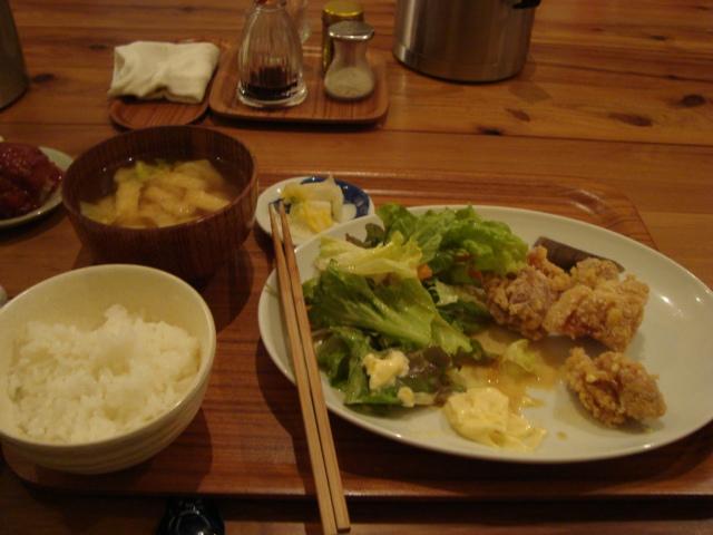西荻窪「アパートメント食堂 なか川」へ行く。_f0232060_13484694.jpg