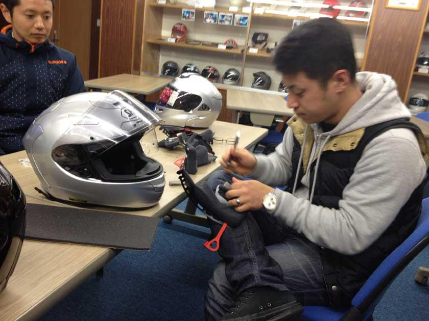 SHOEIヘルメット講習&茨城工場見学 その壱_b0163075_2236422.jpg