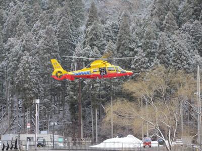 初アマゴとヘリコプター_e0150006_20455521.jpg