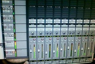 ☆まだinfixは黙々と新曲レコーディング中です!!_b0183113_1393228.jpg