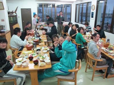 3月 12日 暖かい場所☆_b0158746_16432250.jpg
