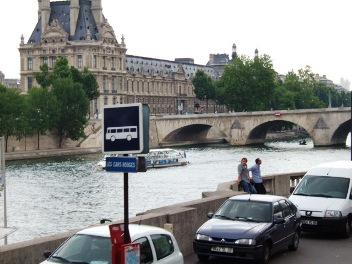 パリ セーヌは流れる_d0227610_19191136.jpg