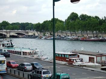 パリ セーヌは流れる_d0227610_19193947.jpg