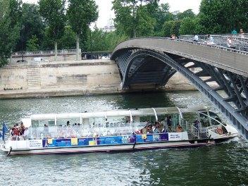 パリ セーヌは流れる_d0227610_19212324.jpg