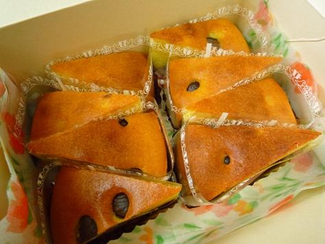 お客さまからの差し入れ 手作りのケーキ~♪_e0123286_19452527.jpg