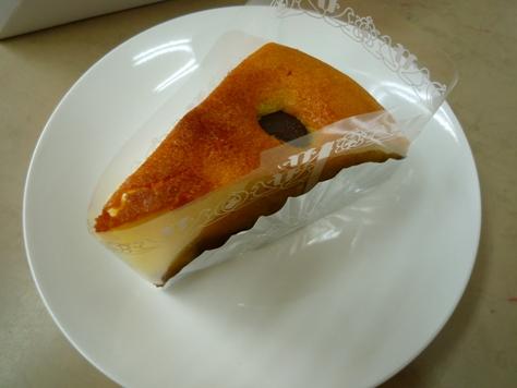 お客さまからの差し入れ 手作りのケーキ~♪_e0123286_19462017.jpg