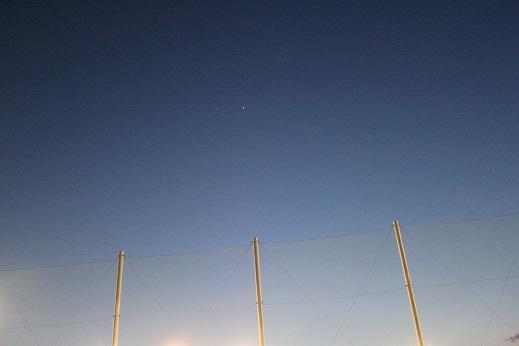 惑星は動く。黄昏ジュピター、天体ショー_e0175370_10314373.jpg