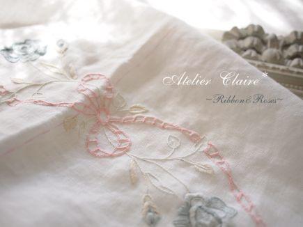 Ribbon&Rosesのテーブルクロス~パンチワークを施す~_a0157409_10175328.jpg