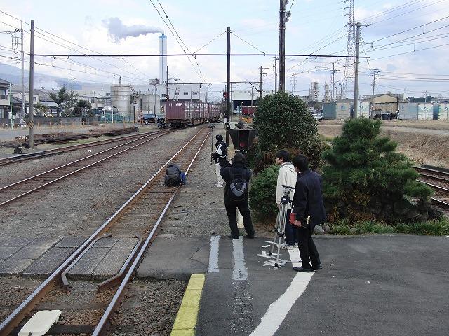 岳南鉄道 貨物運行終了とJRとの接続が良くなる新ダイヤ_f0141310_7314711.jpg