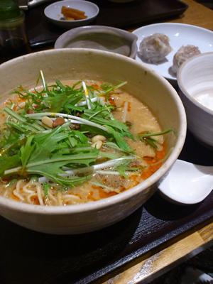 中華うずまき 坦々麺_b0119719_22291567.jpg