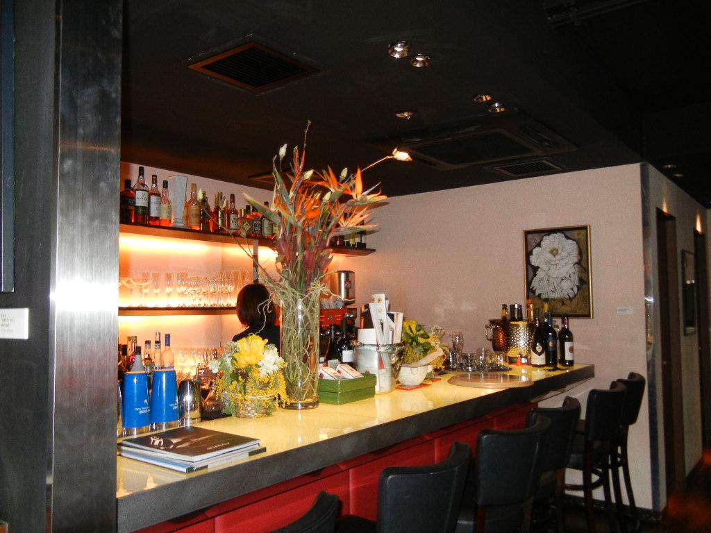 2012年3月15日(木)六本木のマリオさん店で女子会!_f0060461_20552940.jpg