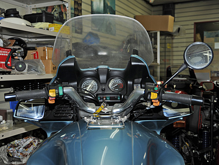 【BMW R1100RT & EML CT2000 サイドカー】_e0218639_11242633.jpg
