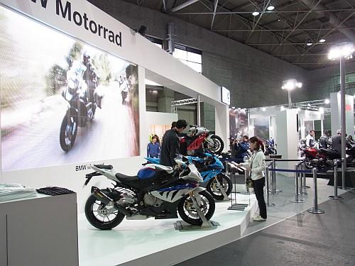 2012大阪モーターサイクルショー初日レポート!_e0254365_1944623.jpg