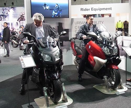 2012大阪モーターサイクルショー初日レポート!_e0254365_1951497.jpg