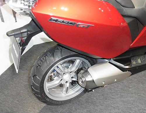 2012大阪モーターサイクルショー初日レポート!_e0254365_20203315.jpg