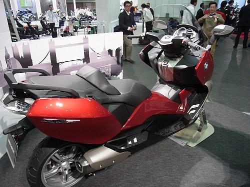 2012大阪モーターサイクルショー初日レポート!_e0254365_20213693.jpg