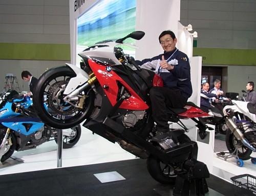 2012大阪モーターサイクルショー初日レポート!_e0254365_20231233.jpg