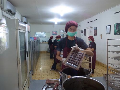 インドネシアのチョコレート Monggo_b0141474_10342142.jpg