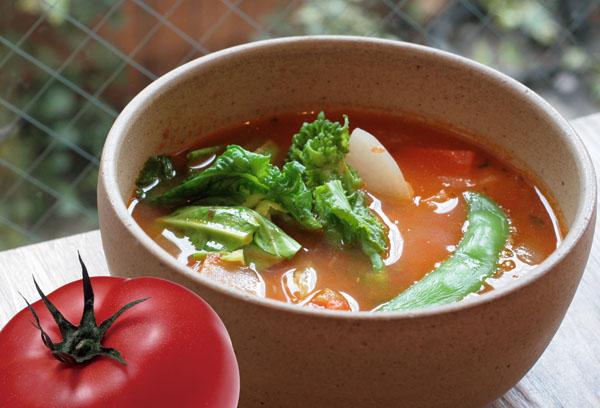 春野菜のトマトスープが完成しました。_e0173183_9553527.jpg