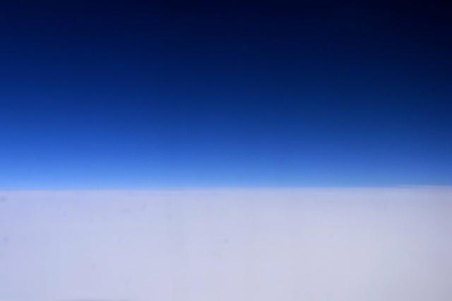 空の色。_c0067646_5144396.jpg