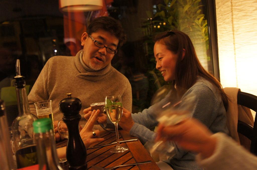 U野夫妻とアンペルマンレストランへ。_c0180686_19411460.jpg
