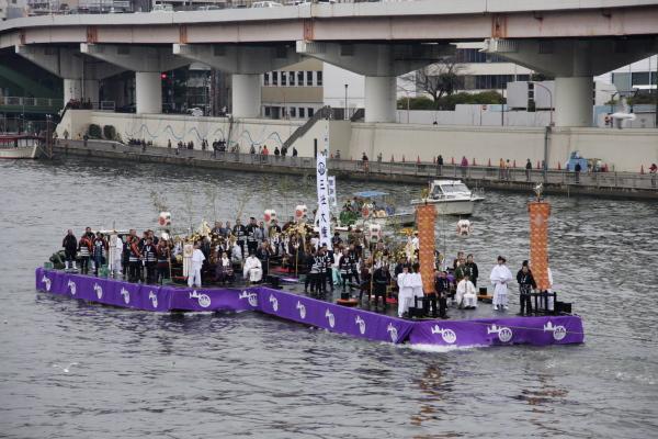 「舟渡御(ふなとぎょ)」@隅田川_f0230666_1031248.jpg