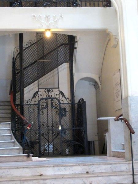 Eixampleの建物_b0064411_11915.jpg