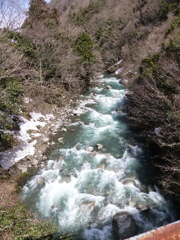 坂内川へ_c0113733_23225475.jpg