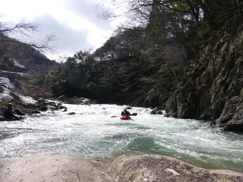坂内川へ_c0113733_23354154.jpg