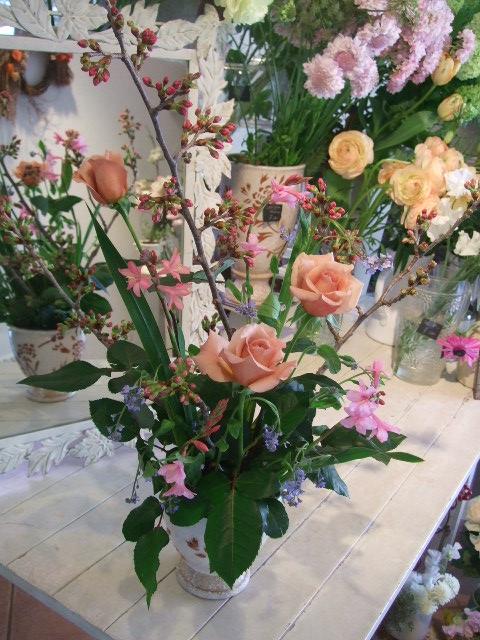 オークリーフ花の教室(富田さんの作品)_f0049672_15381629.jpg