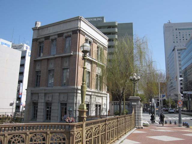 名古屋のレトロな建築物(広小路通)_f0016320_1246489.jpg