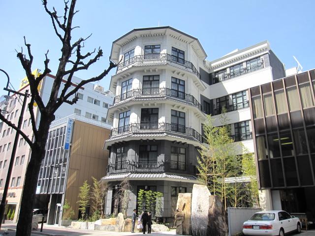 名古屋のレトロな建築物(広小路通)_f0016320_1251577.jpg