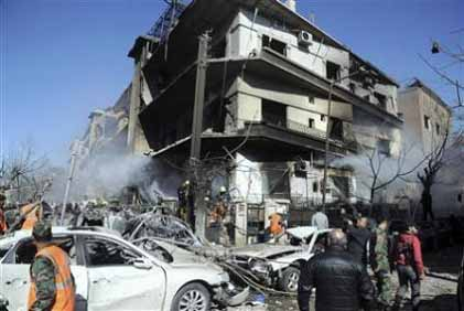 シリアの反政府武装勢力は拷問、処刑を繰り返している Paul Joseph Watson_c0139575_2021798.jpg