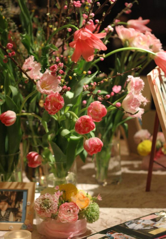 メモリアルテーブル 写真と飾る花 シェ松尾青山サロン様へ_a0042928_1819621.jpg