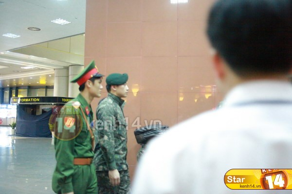 RAINの公式ベトナムのファンが別れを告げる _c0047605_1452780.jpg