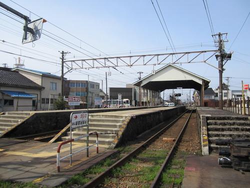 新黒部駅は、宇奈月温泉ではありません?_a0243562_1717011.jpg