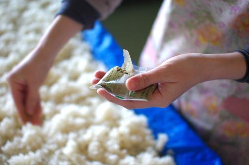 味噌作り2012 1日目~米を蒸して種付け、豆を洗って浸す~_c0110869_7485277.jpg