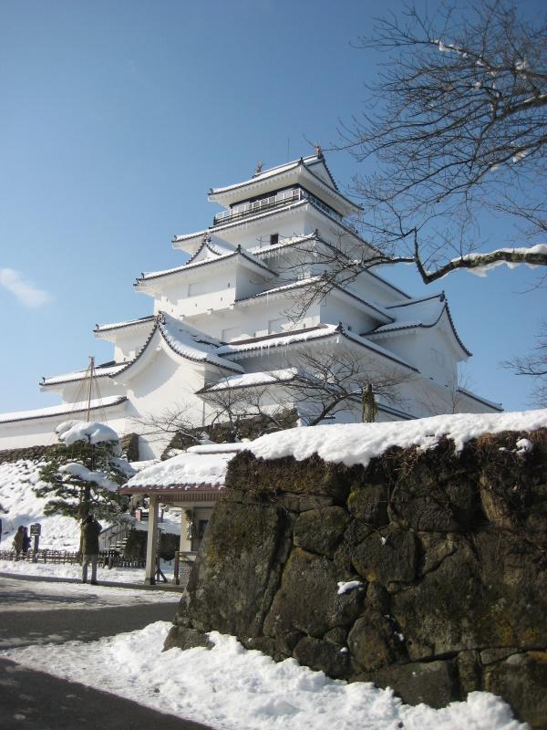 会津で正月(7)雪の鶴ヶ城 _c0013687_2043547.jpg
