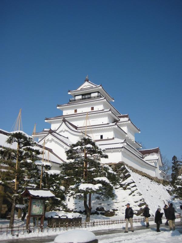 会津で正月(7)雪の鶴ヶ城 _c0013687_20441727.jpg