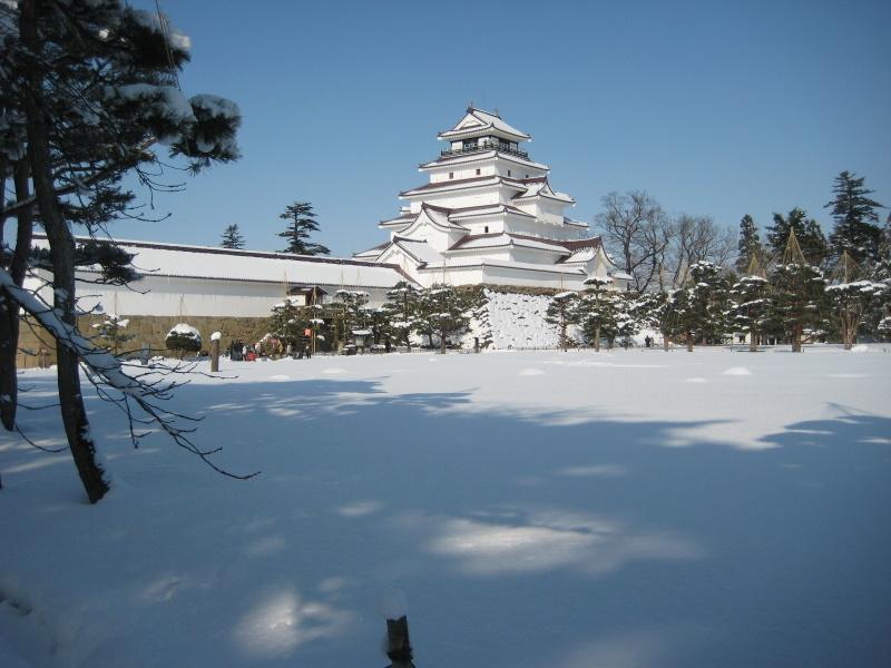 会津で正月(7)雪の鶴ヶ城 _c0013687_20443559.jpg