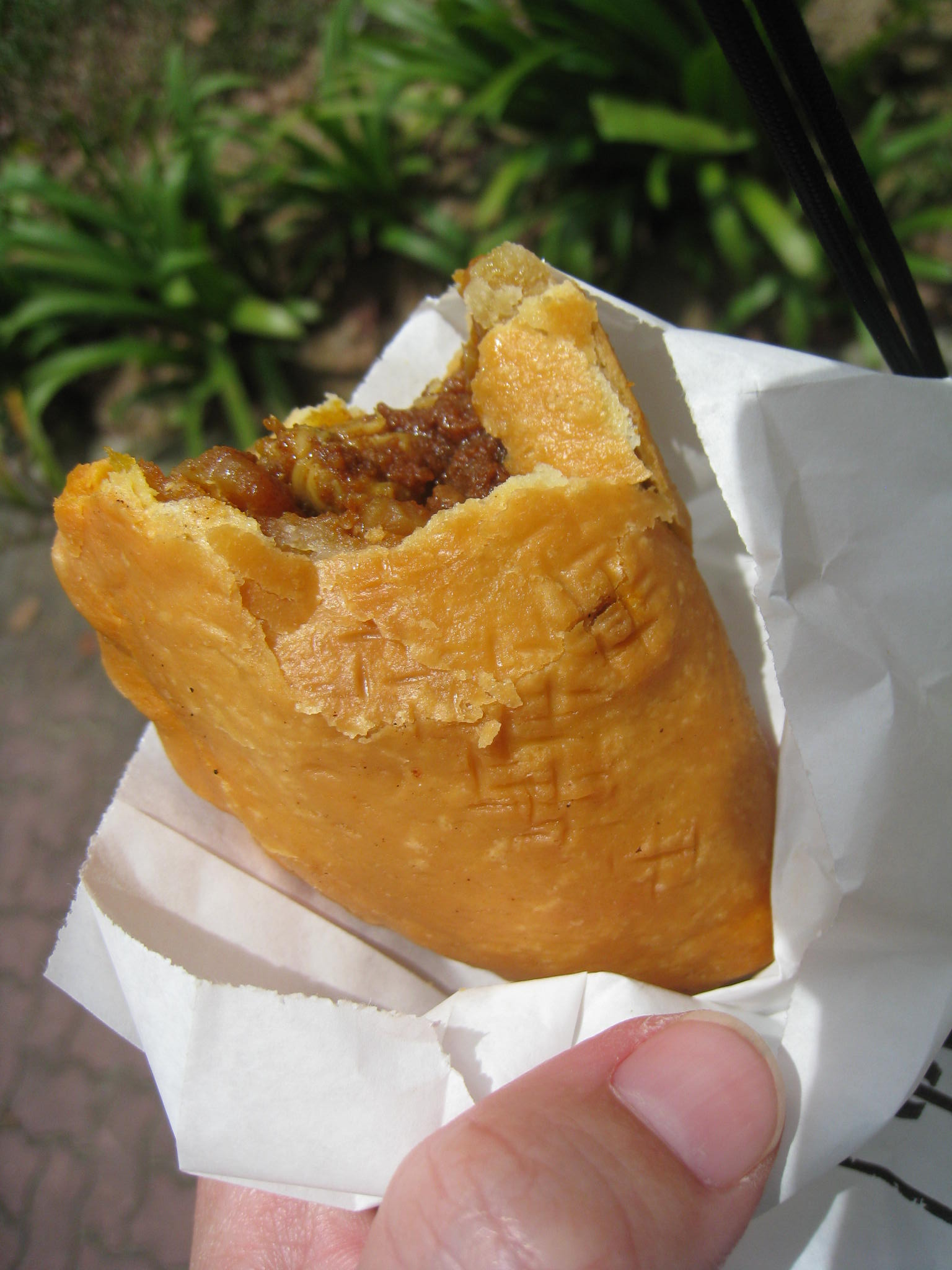 Tip Top Curry Puff@アンモキオ_c0212604_1565839.jpg